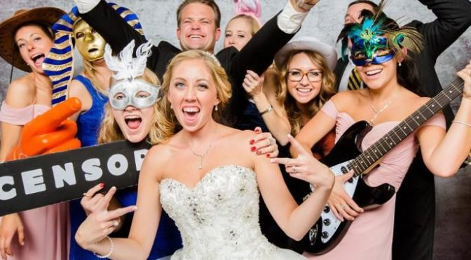 What Difference can a Wedding Photo Booth Make on your Big Event?